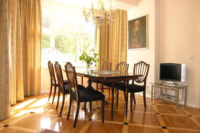 Apartment Meißen Wohnzimmer mit Sitzecke